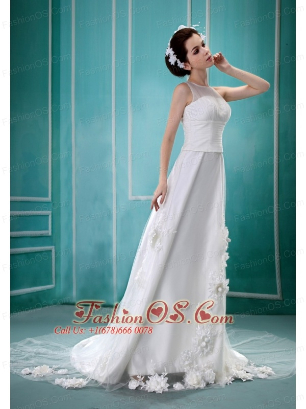 Wholesale Hand Made Flowers Bateau A-line Discount Wedding Dress With Court Train