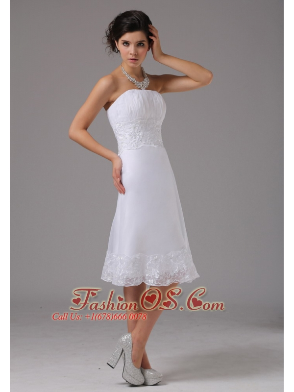 Short Wedding Dress With Lace Decorate Waist Strapless Knee-length