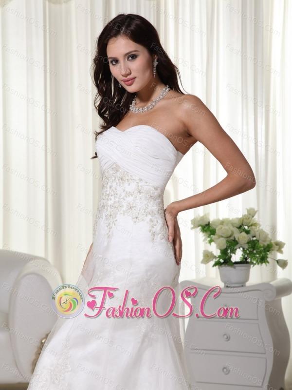Beautiful Column Sweetheart Court Train Tulle Appliques Wedding Dress