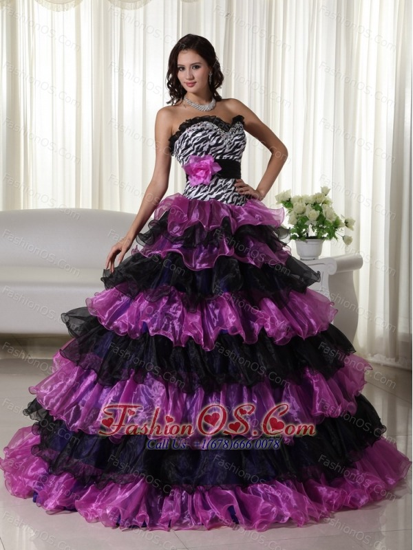 Fashionable Ball Gown Sweetheart Floor-length Organza Beading Quinceanera Dress