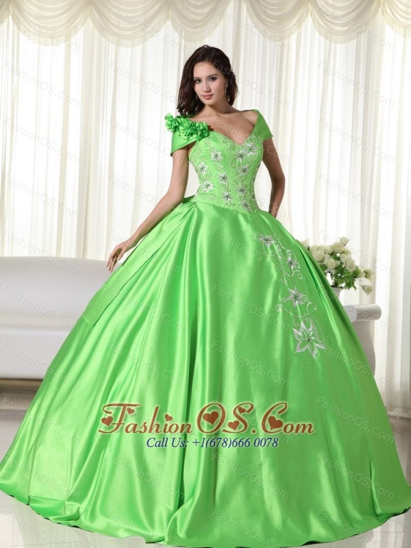 Spring Green Ball Gown Off the Shoulder Floor-length Taffeta Embroidery Quinceanera Dress