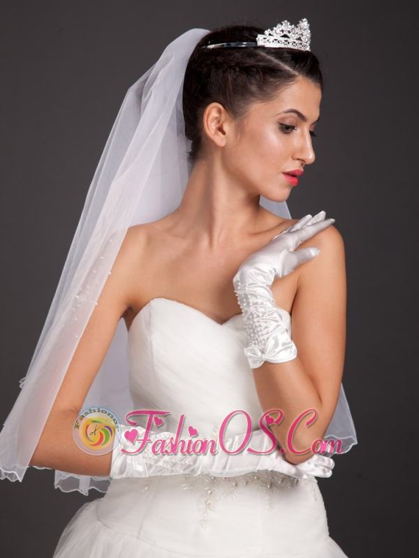 Pretty Beading Satin Fingertips Wrist Length Bridal Gloves