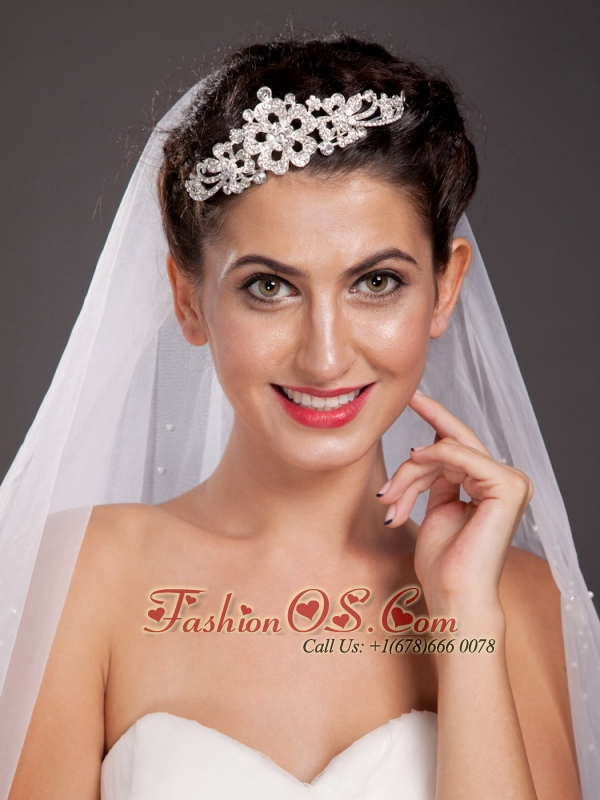 Fabulous Alloy Tiara With Rhinestone Decorates