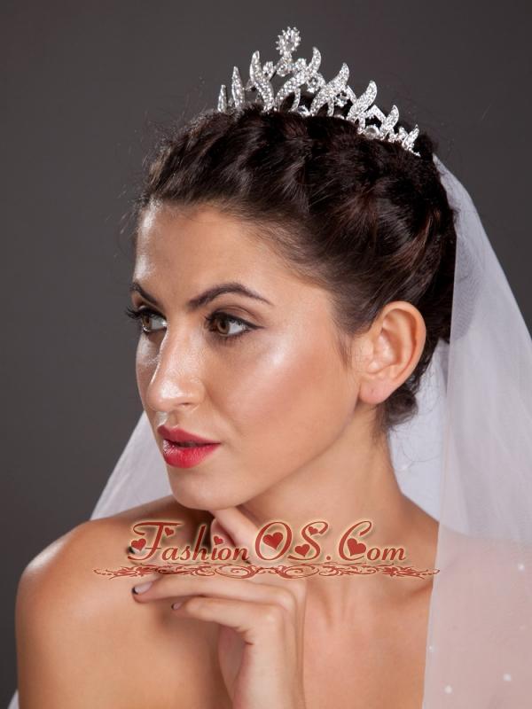 Elegant Alloy Employed Tiara With Beading Decorates