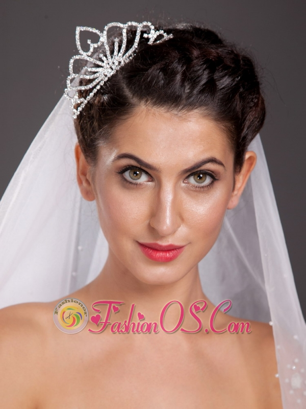 Simple Alloy With A Reversed Sweetheart Decorates Tiara