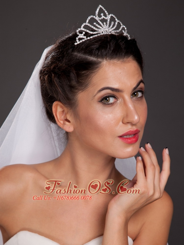 Simple Alloy Tiara With Rhinestone Decorates