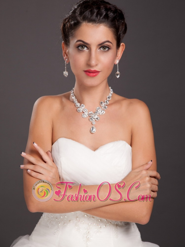 Gorgeous Rhinestones and Imitation Pearl Bridal Jewelry Set Necklace With Earrings