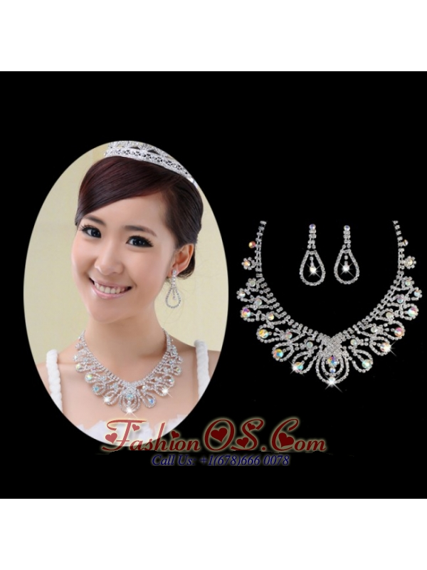 Shimmering Colorful Rhinestone Ladies Necklace and Earrings Jewelry Set