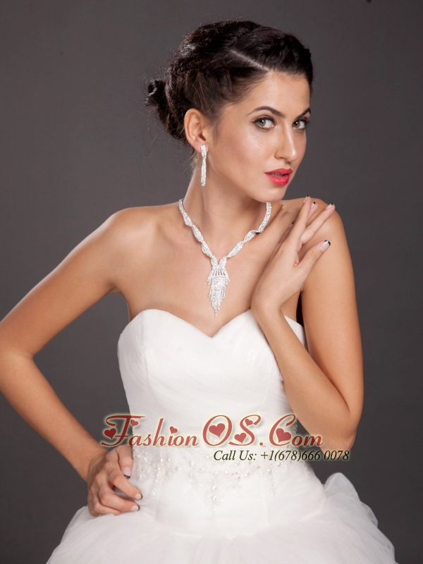 Vintage Style Alloy Crystal Necklace and Earrings Jewelry Set