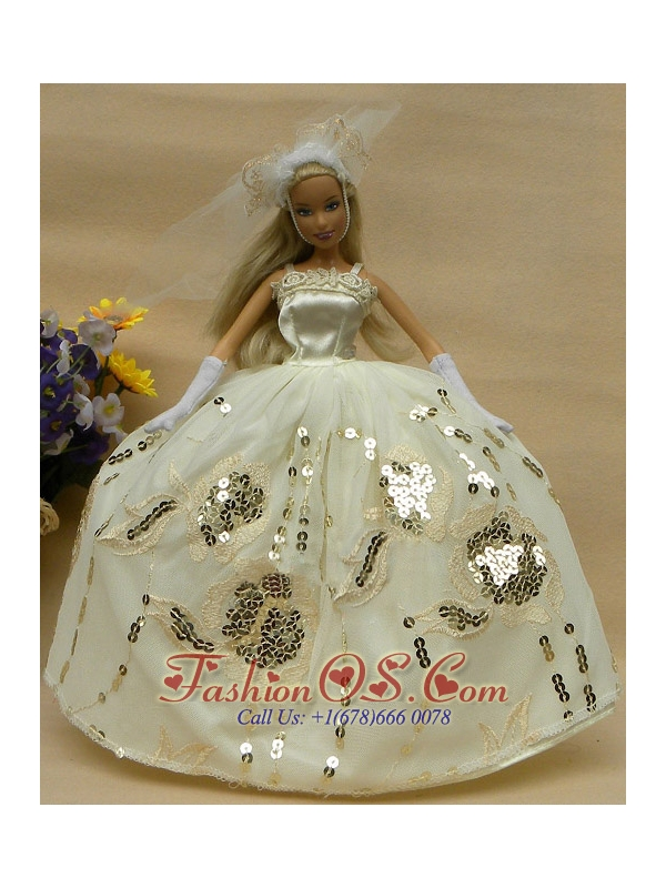 Romantic Champagne Straps Ball Gown Appliques Wedding Dress For Quinceanera Doll