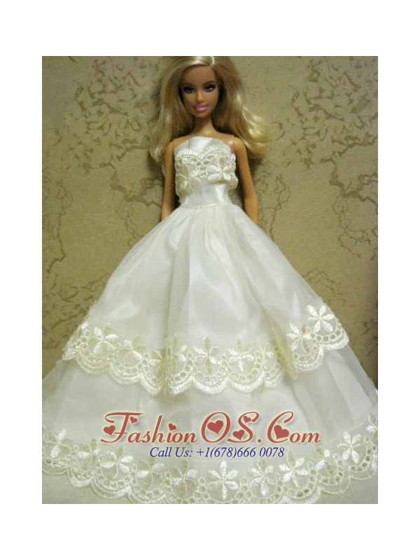 Beautiful Organza Embroidery White Quinceanera Doll Dress
