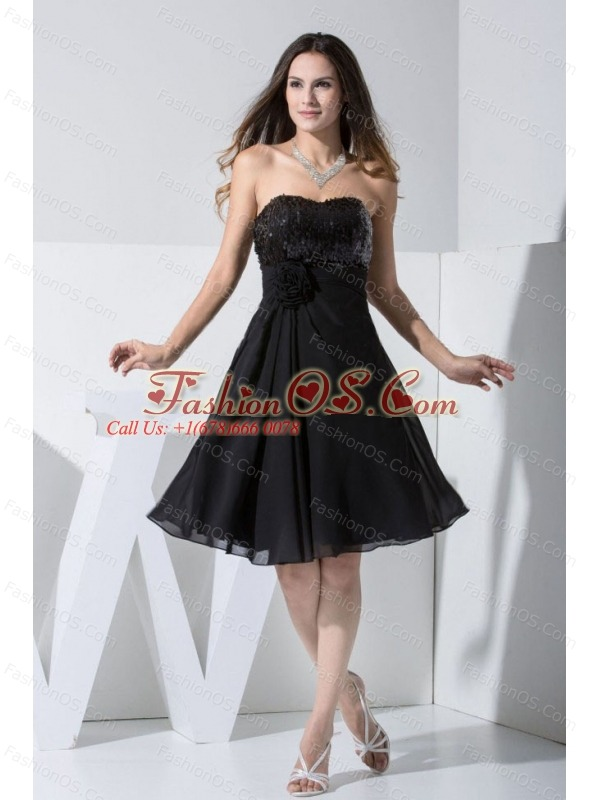 Sequin and Hand Made Flower Decorate Bodice Chiffon Black Knee-length Prom Dress