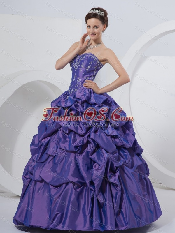 A-Line Sweetheart Embroidery Taffeta Floor-length  Quinceanera Dress Purple