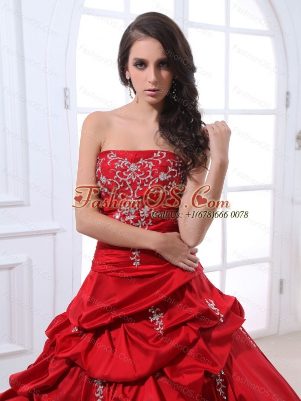Wine Red Appliques and Pick-ups Quinceanera Dress With Floor-length Taffeta In 2013