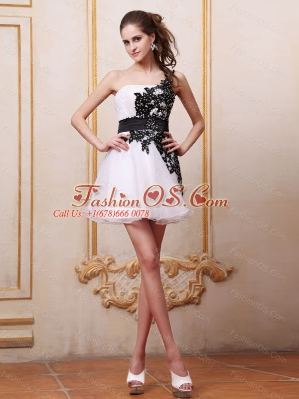 Black Appliques Prom / Cocktail Dress With One Shoulder Mini-length For Party
