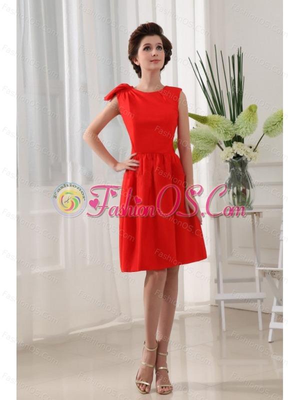 A-Line Bridesmaid Dress Red Knee-length Taffeta Scoop Knee-length