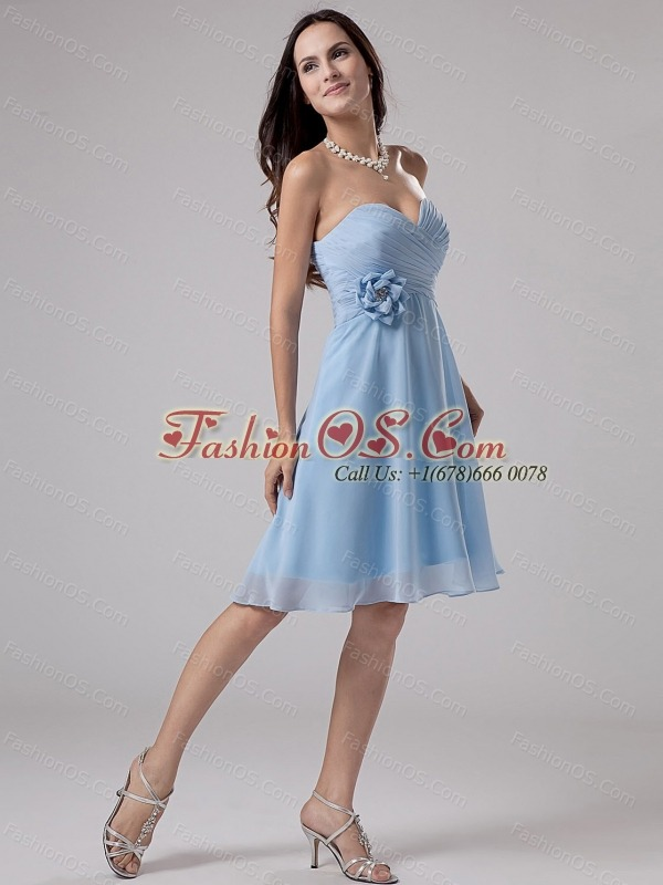 Light Blue Bridemaid Dress With Hand Made Flower and Ruching Knee-length Chiffon