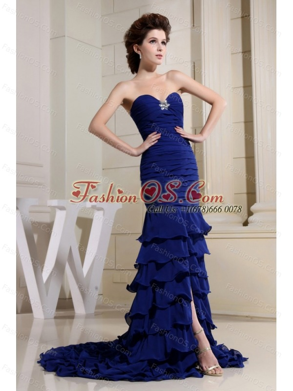 Blue Sweetheart and Ruch Bodice For Prom Dress With Ruffled Layers