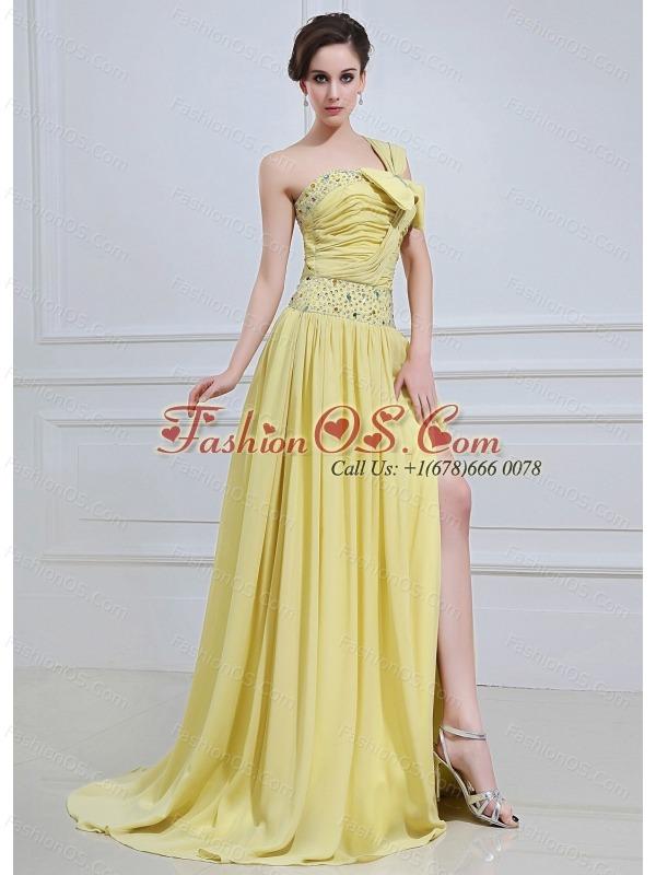 Light Yellow  Prom / Evening Dress With One Shoulder Beaded High Slit Chiffon Brush Train