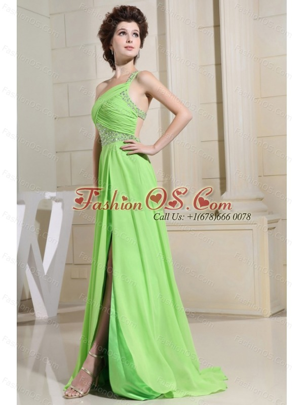 Spring Green Prom Dress With High Slit One Shoulder and Beading Ruch