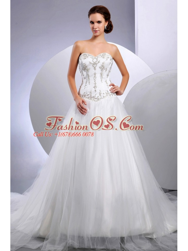 2013 Embroidery Wedding Dress With Sweetheart Cathedral Train For Custom Made