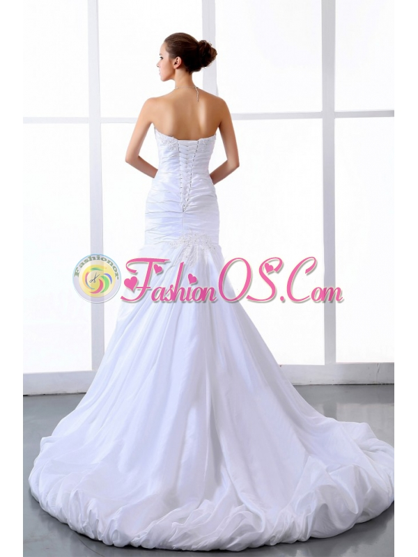 Fashionable 2013 Wedding Dress With Appliques and Ruching Court Train A-line For Custom Made
