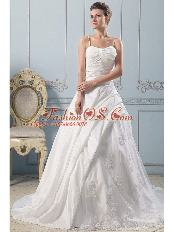 2013 Spaghetti Straps A-line Wedding Gowns Lace With Ruched Bodice