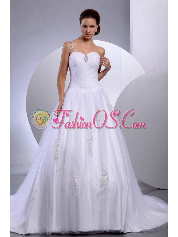 A-Line / Princess Tulle Appliques Chapel Train One Shoulder Wedding Dress