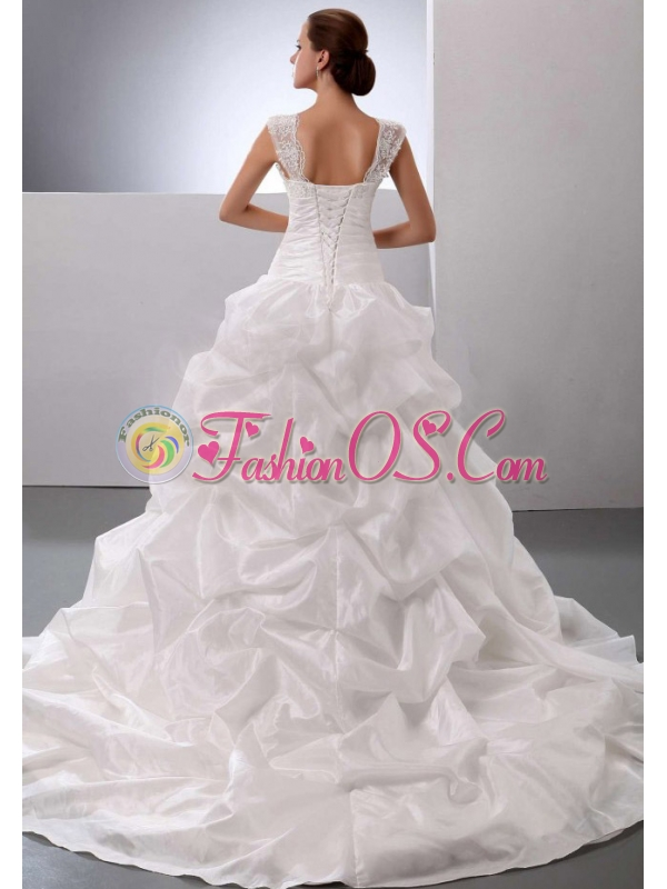 Discount Straps Princess Appliques and Pick-ups 2013 Wedding Dress With Floor-length