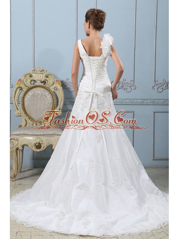 Fashionable V-neck A-line 2013 Wedding Dress Lace With Ruched Bodice