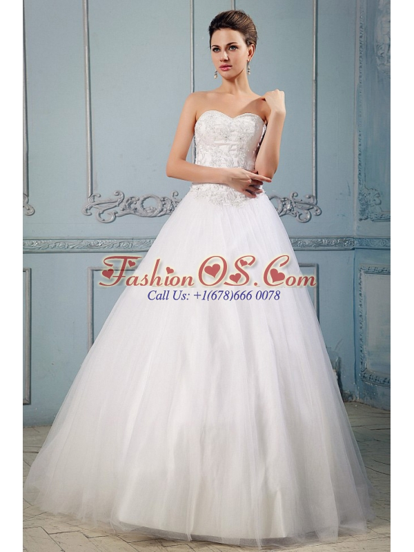 Pretty Princess Sweetheart Appliques 2013 Wedding Dress With Floor-length