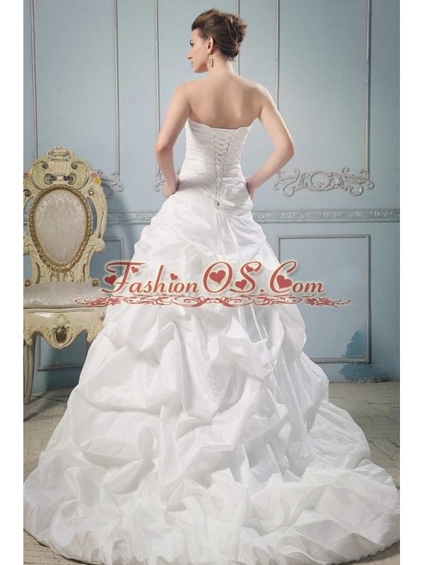 So Beautiful A-line Strapless 2013 Wedding Gowns With Hand Made Flowers and Ruch