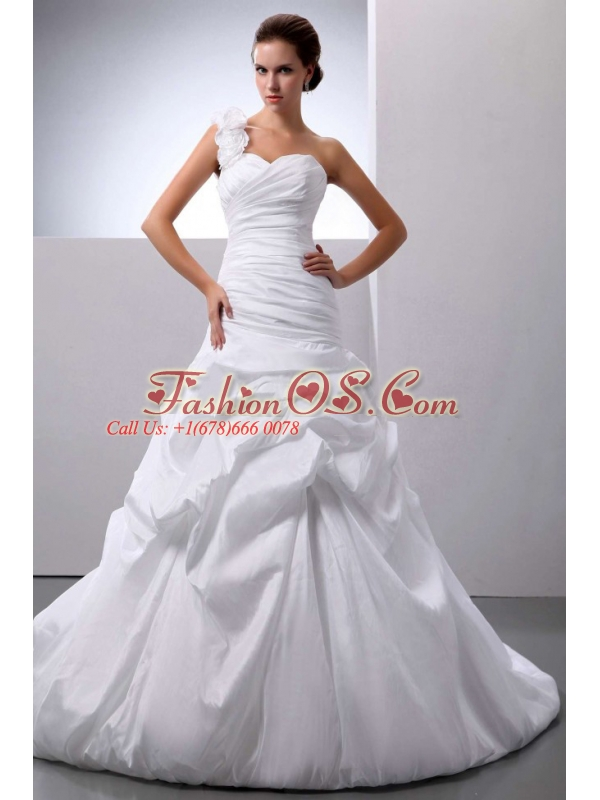 Beautiful Wedding Dress With One Shoulder A-line Pick-ups Court Train For Custom Made