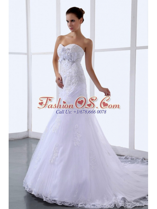 Hand Made Flowers Sweetheart Chapel Train Wedding Dress For Custom Made