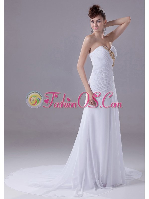 Sweetheart Appliques Chiffon Court Train Stylish Wedding Dress