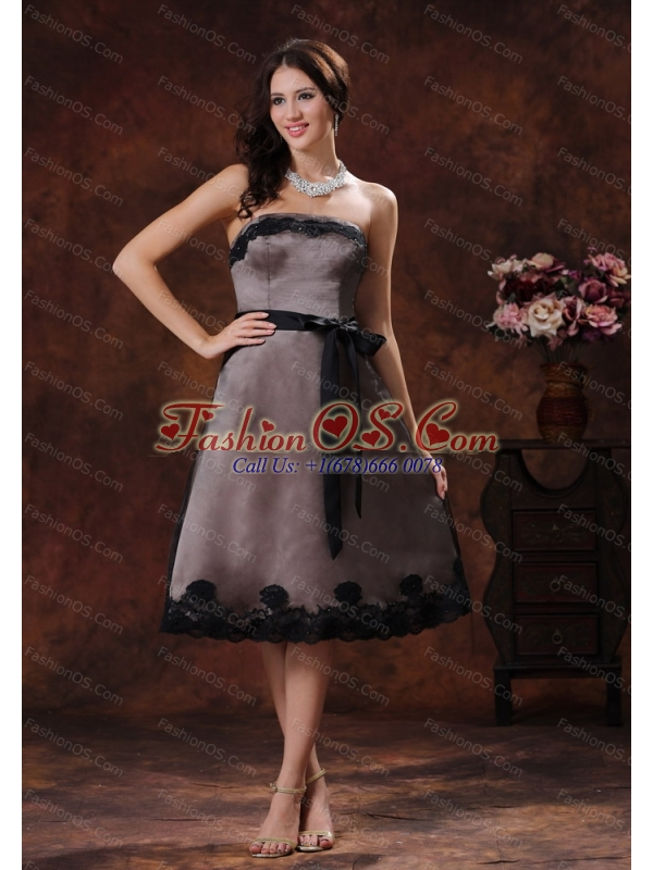 Strapless Short Dama Dresses for Quinceanera With Black Sash