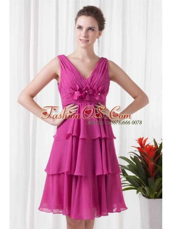 Empire V-neck Knee-length Fuchsia Chiffon Ruching Prom Dress