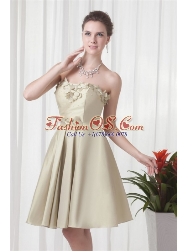 Column Sweetheart Chiffon Spring Green Ruching and Hand Made Flowers Prom Dress