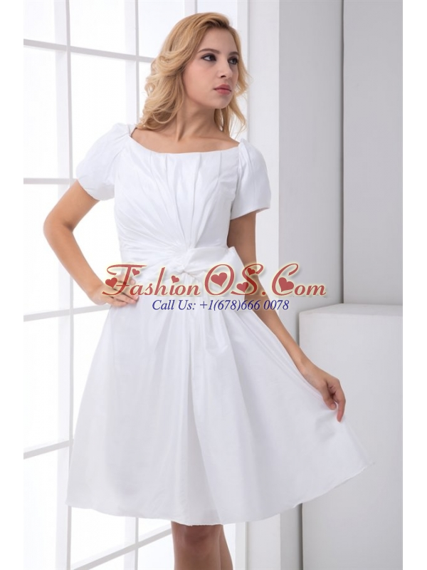 Pretty A-line Scoop Short Sleeves Wedding Dress with Ruching
