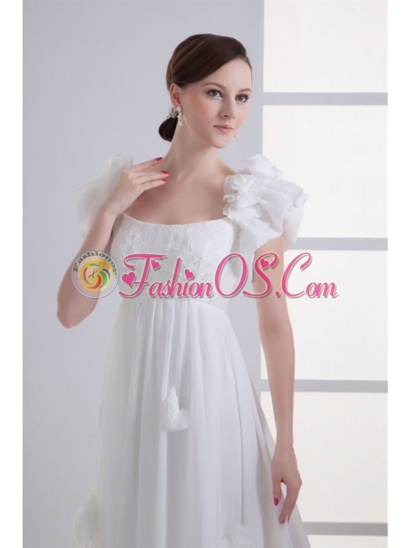 Beautiful Empire Square Court Train Wedding Dress with Flowers