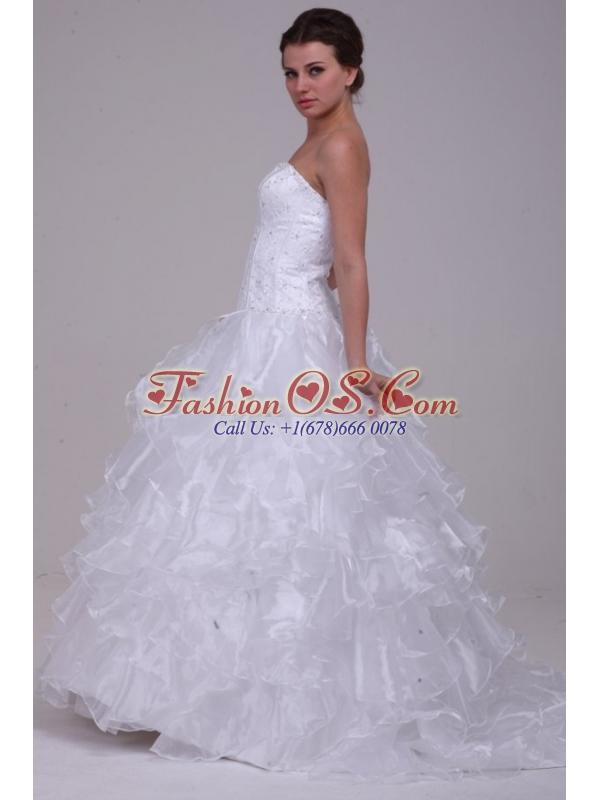 Luxurious Ball Gown Sweetheart Floor-length Beading Organza Wedding Dress
