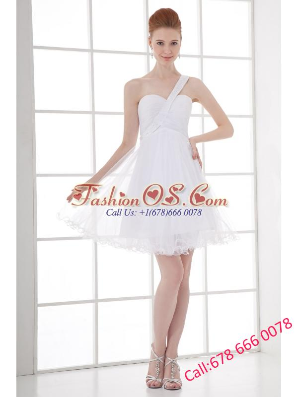 2014 Simple A-line One Shoulder Tulle Ruching Beading Short Wedding Dress
