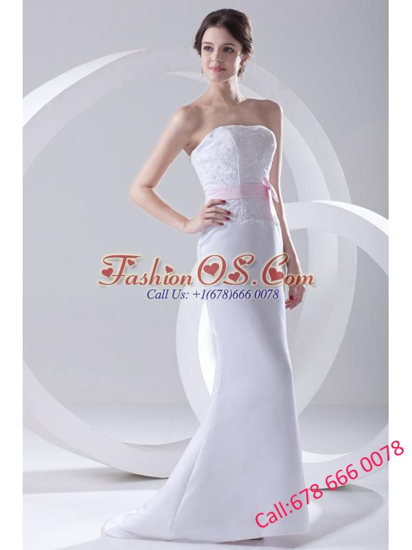 Column Strapless Sashes and Appliques Wedding Dress with Brush Train