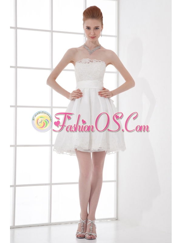 2014 Elegant A-line Strapless Knee-length Lace Belt White Wedding Dress