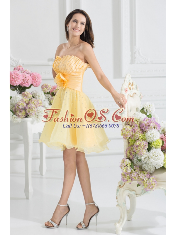 A-line Yellow Strapless Hand Made Flower Organza Prom Dress