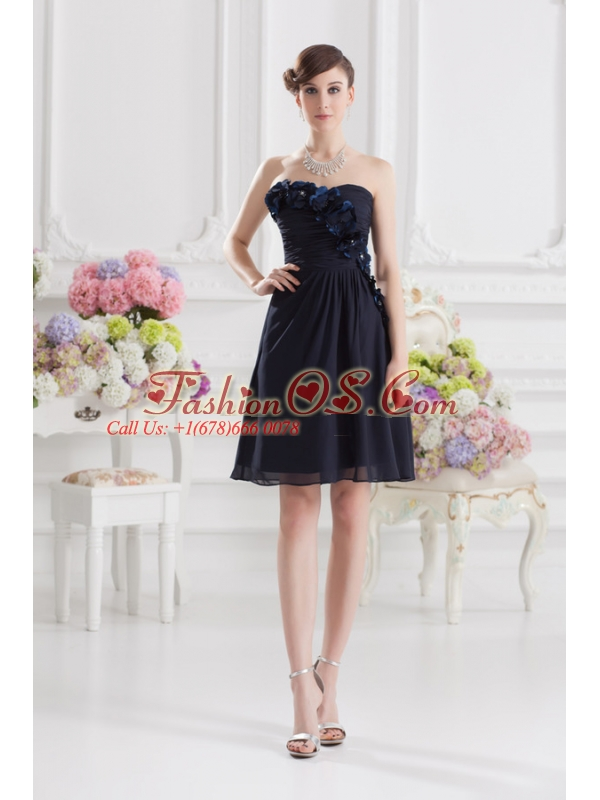 Black Sweetheart Prom Dress with Ruching and Handle Made Flowers