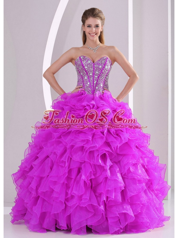 Ball Gown Sweetheart Ruffles and Beaded Decorate Perfect Quinceanera Dresses in Sweet 16