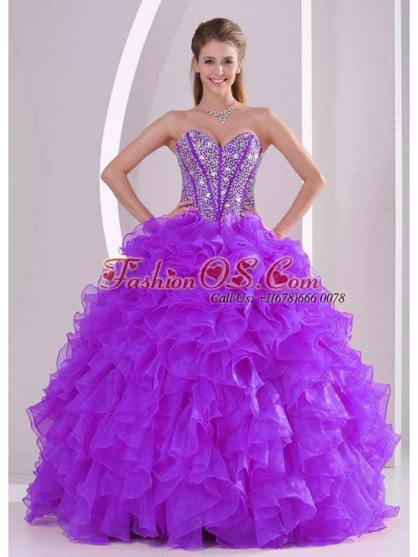 2014 Sweetheart Luxurious Popular Quinceanera Dresses with Ruffles and Beaded Decorate