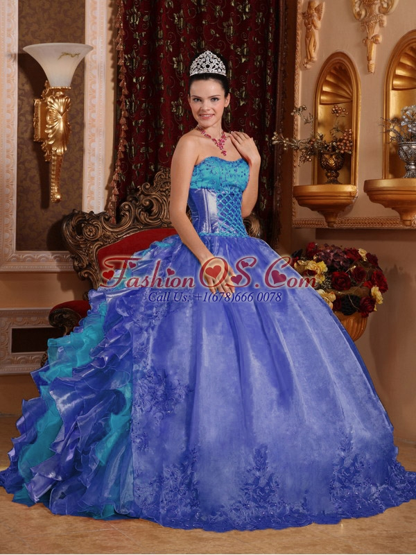Cheap Ball Gown Blue Unique Quinceanera Dresses with Strapless Floor-length Organza Embroidery