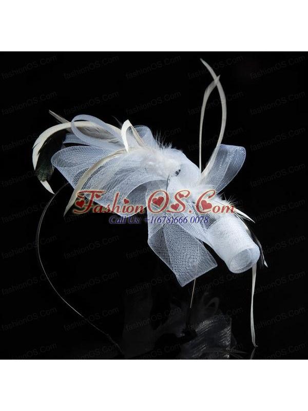 Elgant White Hair Tulle Feather Ornament